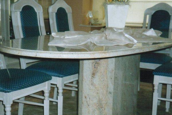 tafel27EFF1E6F-DF5E-D44B-7443-341681B3D87D.jpg